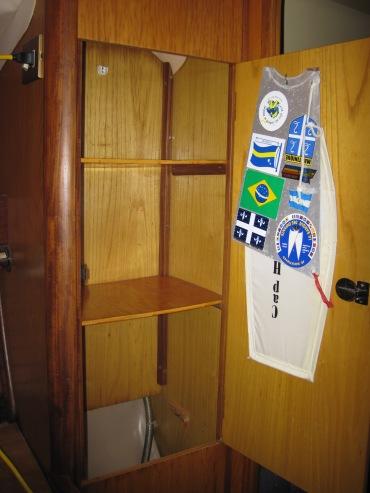 Armoire tribord de la pince